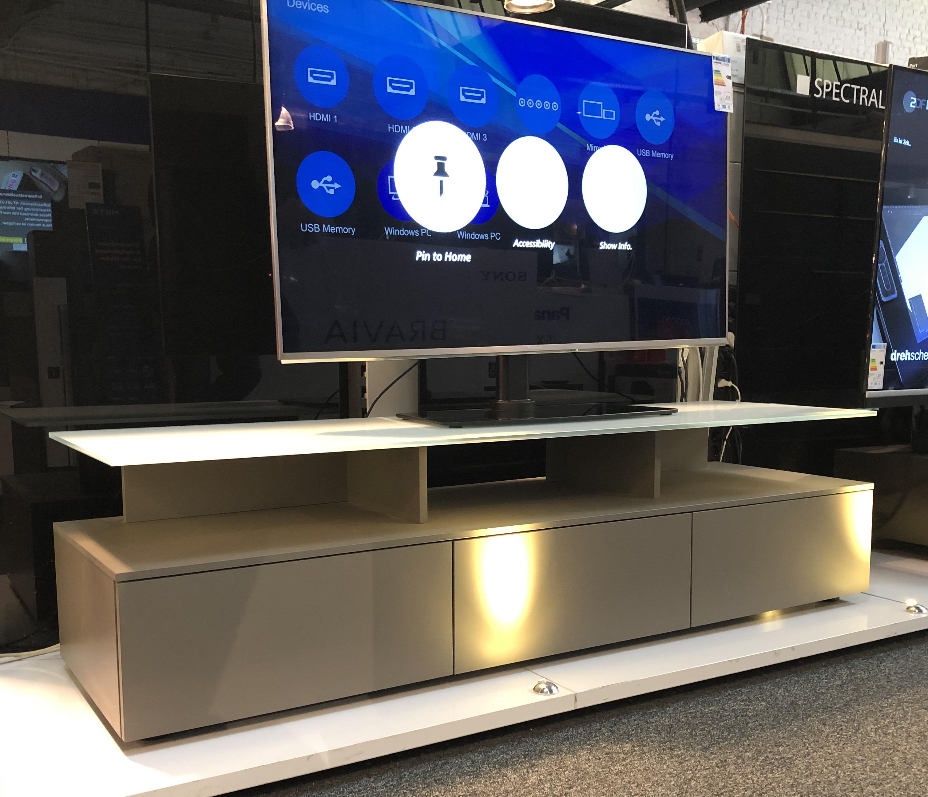 TV Möbel für Sound und Technik