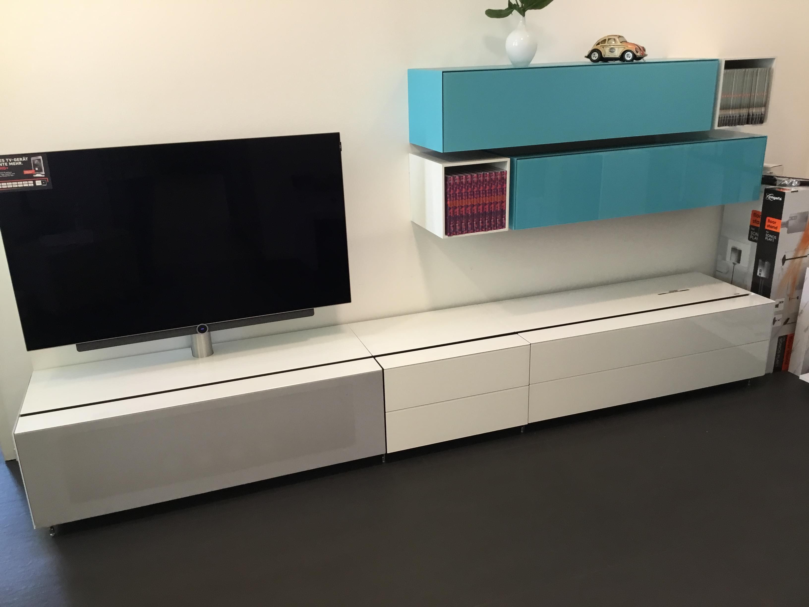 TV MÖBEL Spectral Cocoon mit Canton SCA3 Soundsystem