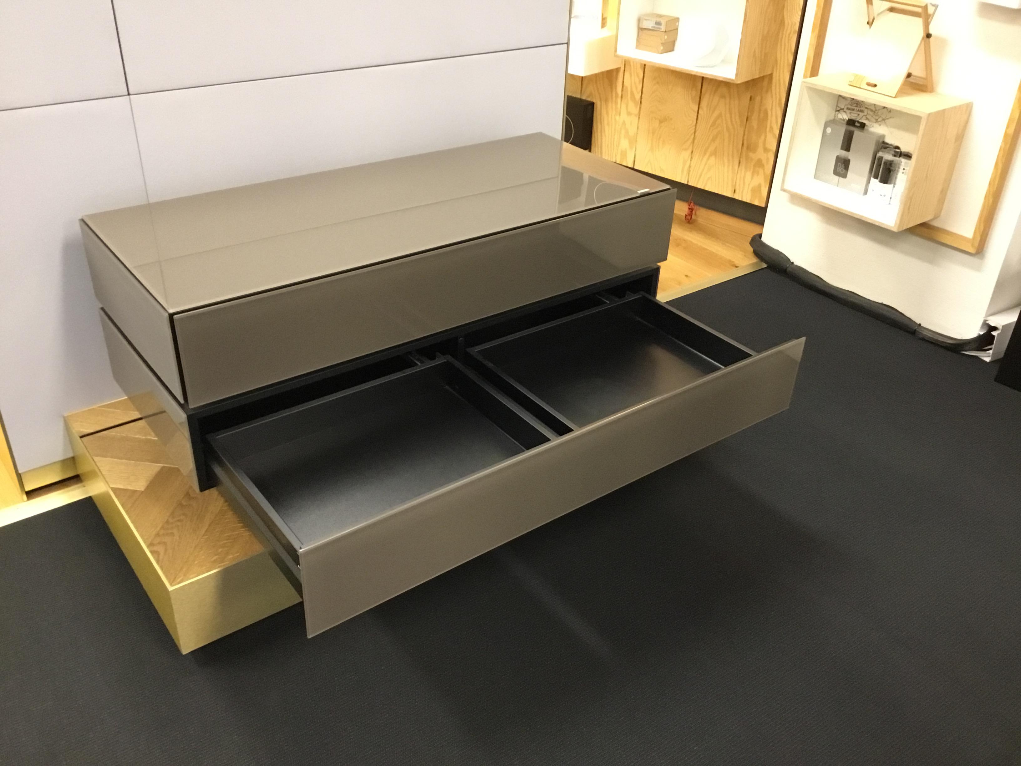 TV Möbel BR1202 mit Klappe und Schublade