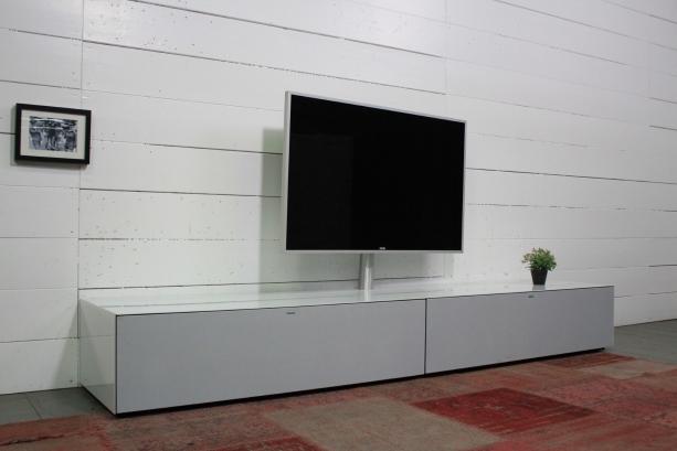 so-am-052am-sondermodel-tv