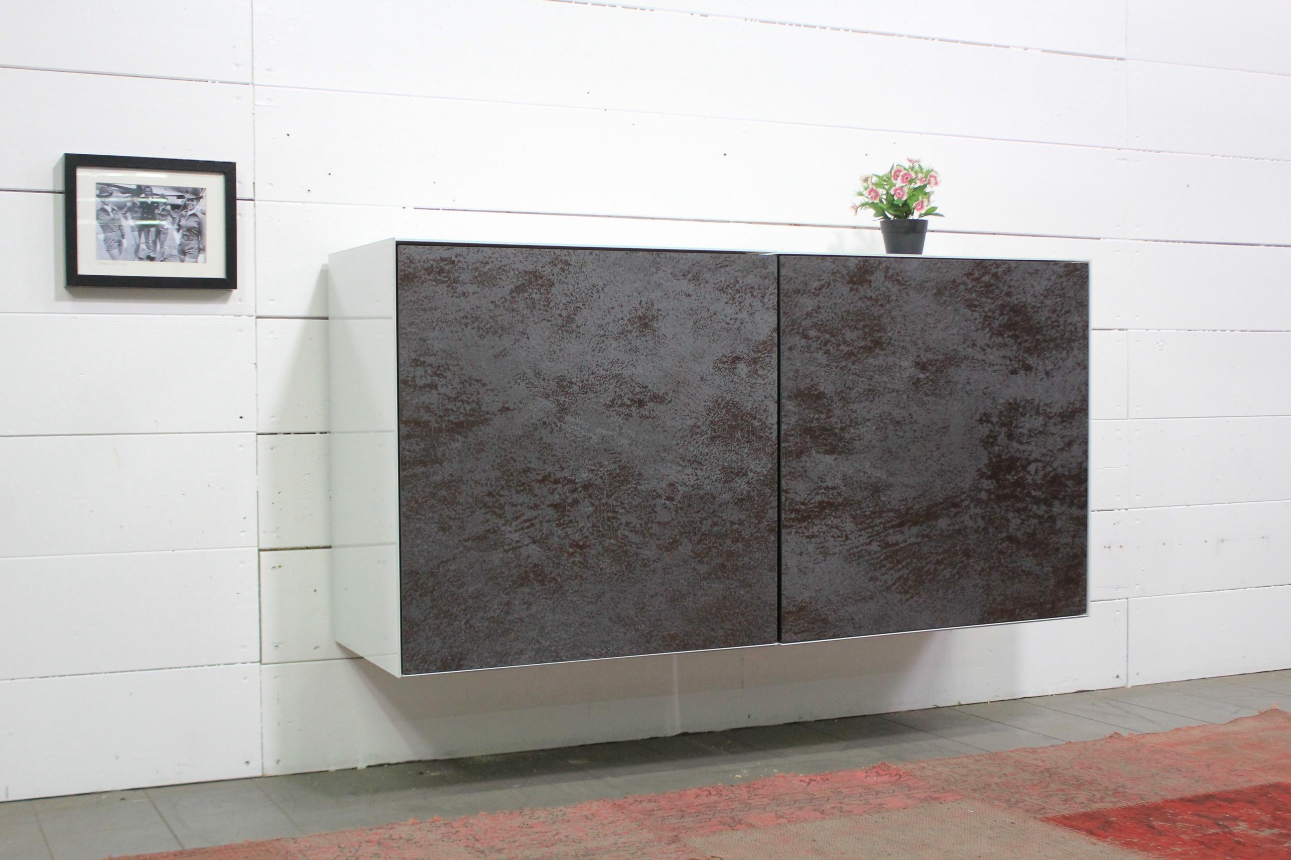 Lowboard 126x63x38,5 mit Keramikfronten