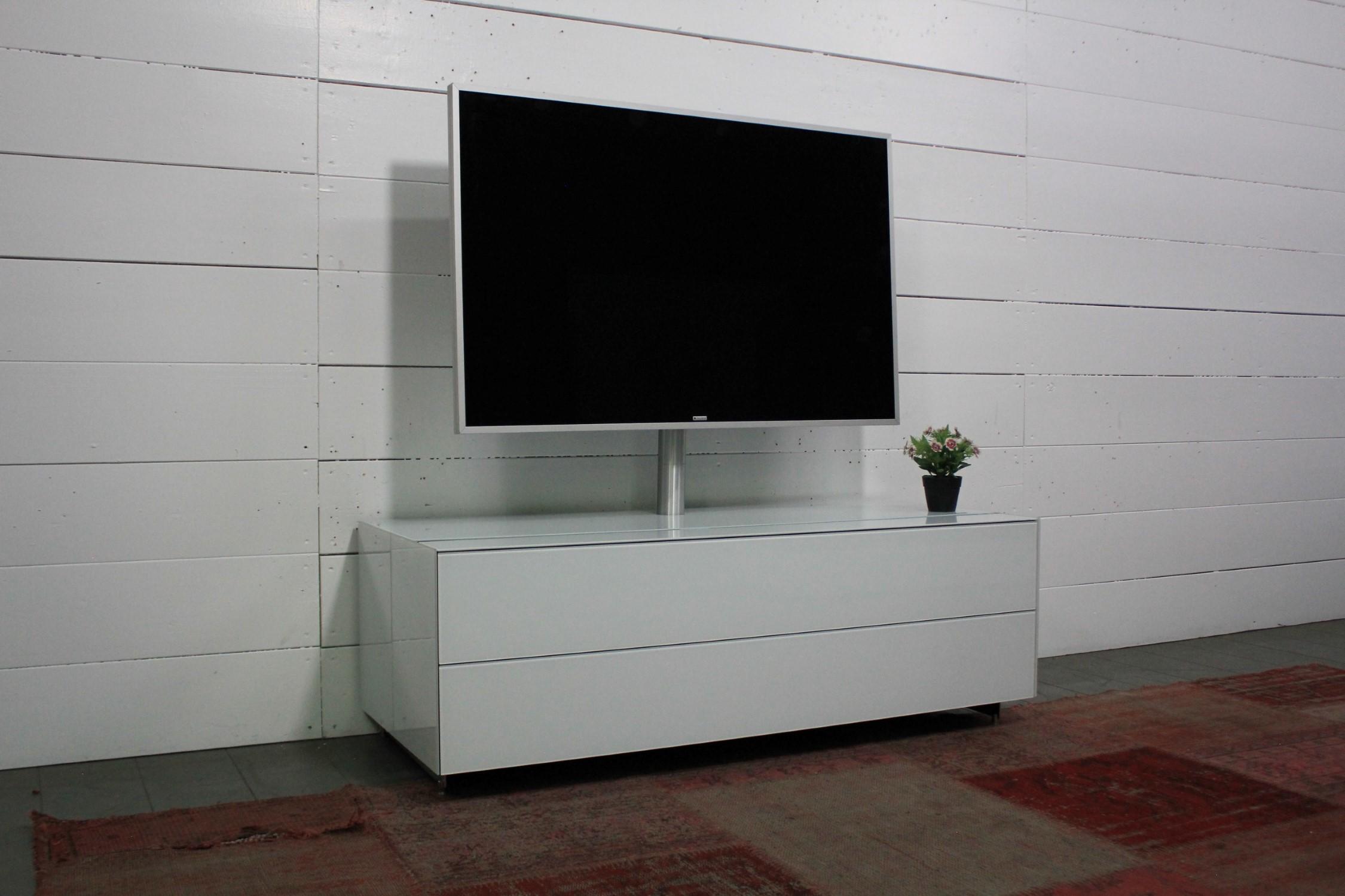 CO3 Lowboard mit Smart Light