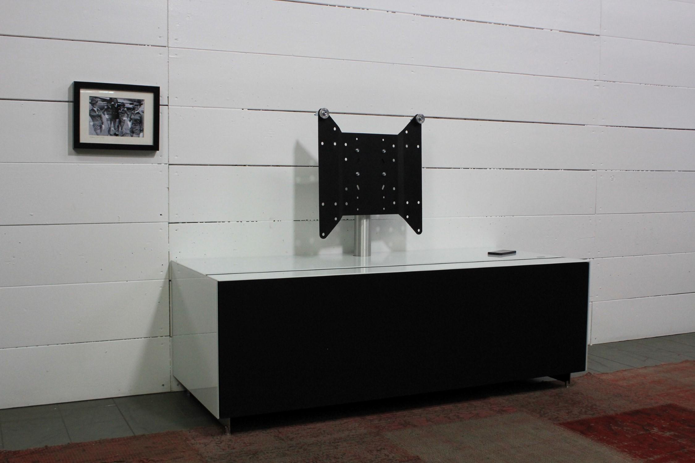 CO3 Lowboard für Stauraum mit Stoffklappe