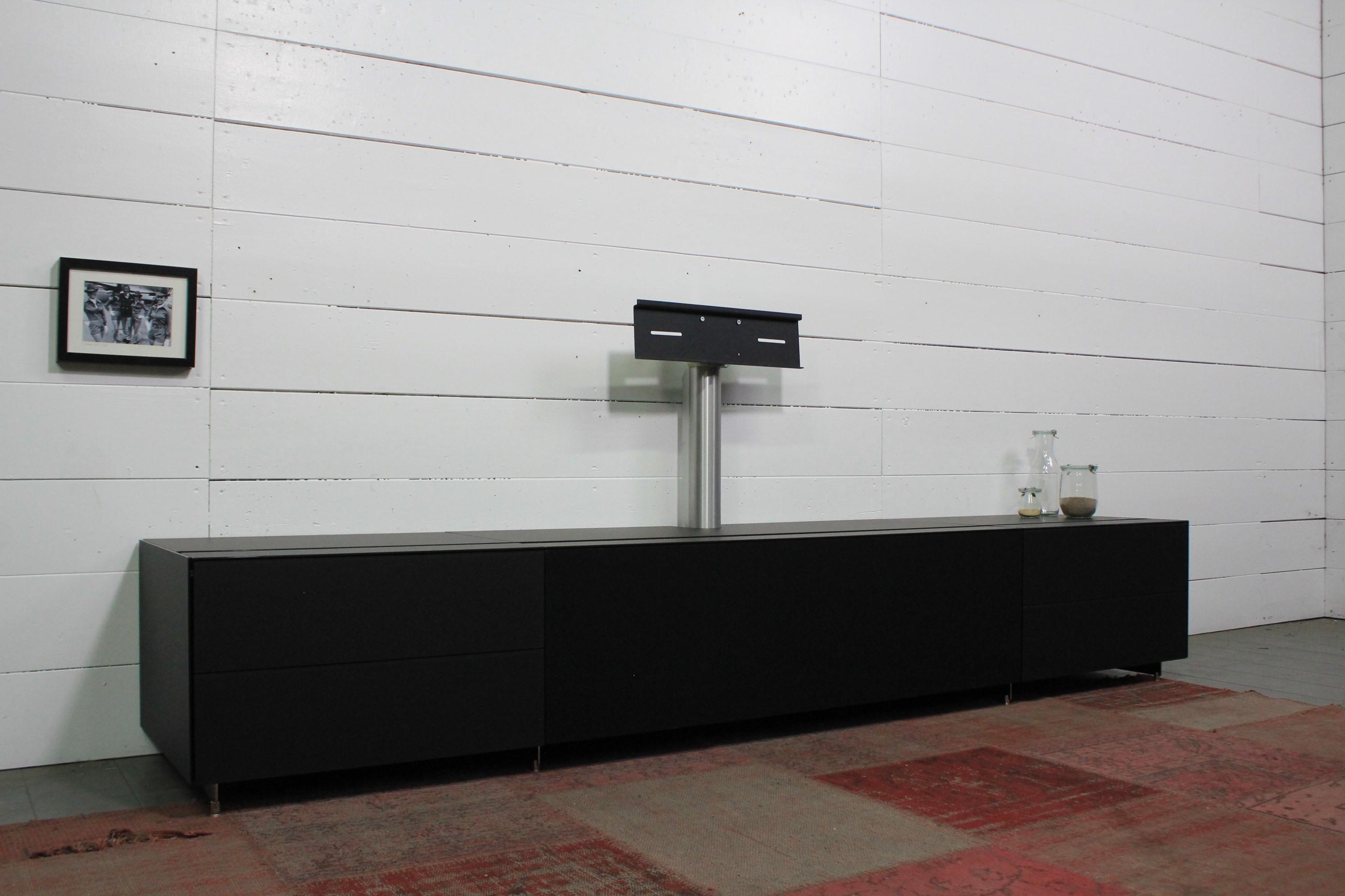 CO2-CO5-CO2-BG Lowboard mit Soundsystem BRA2