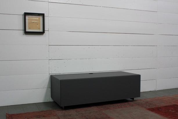 so-lo-031lo1100-graphite-lr-kf-ca-satmbel