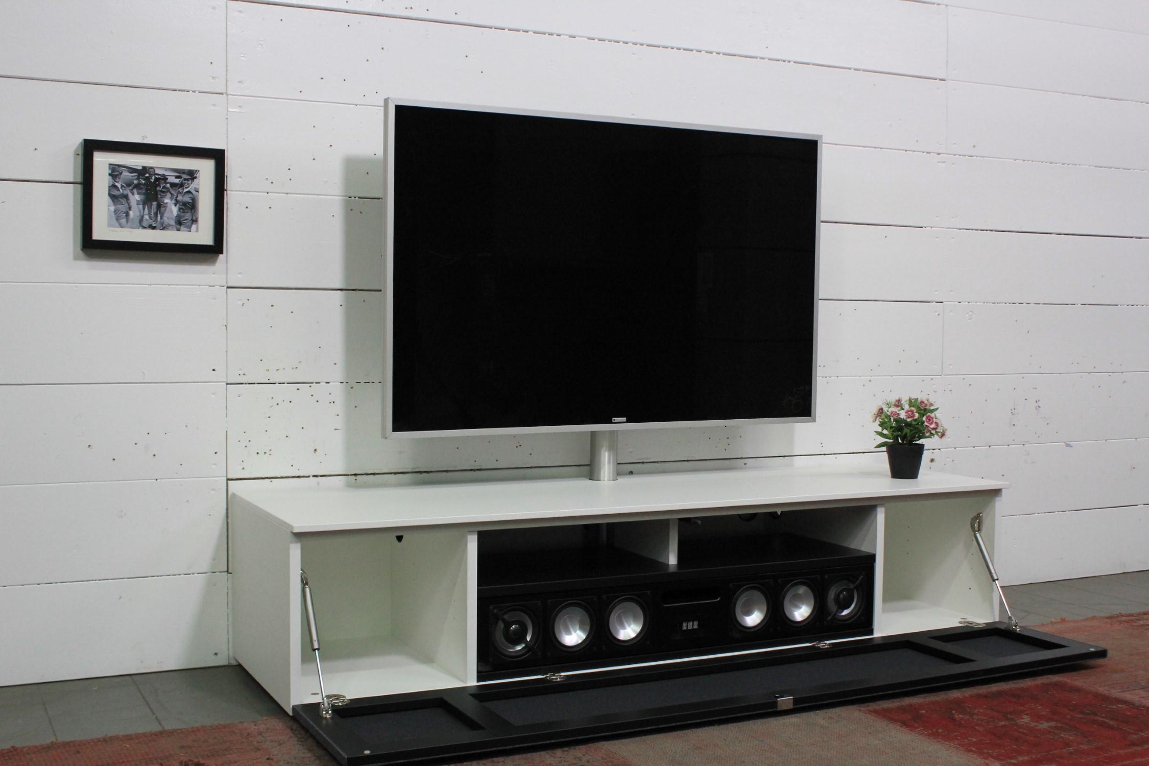 Lowboard mit Soundsystem BRA2