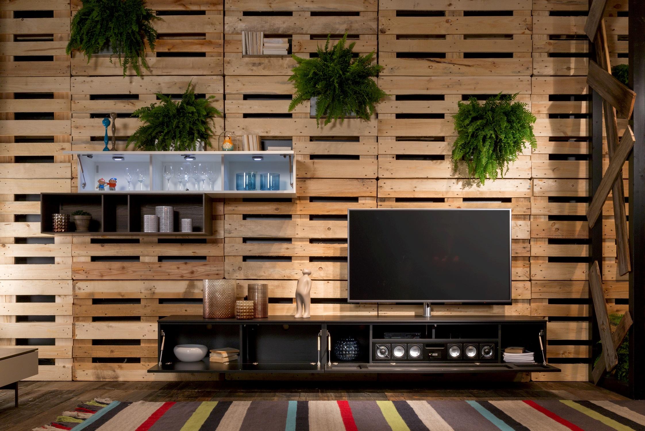 Wohnwand mit Soundsystem BRA2