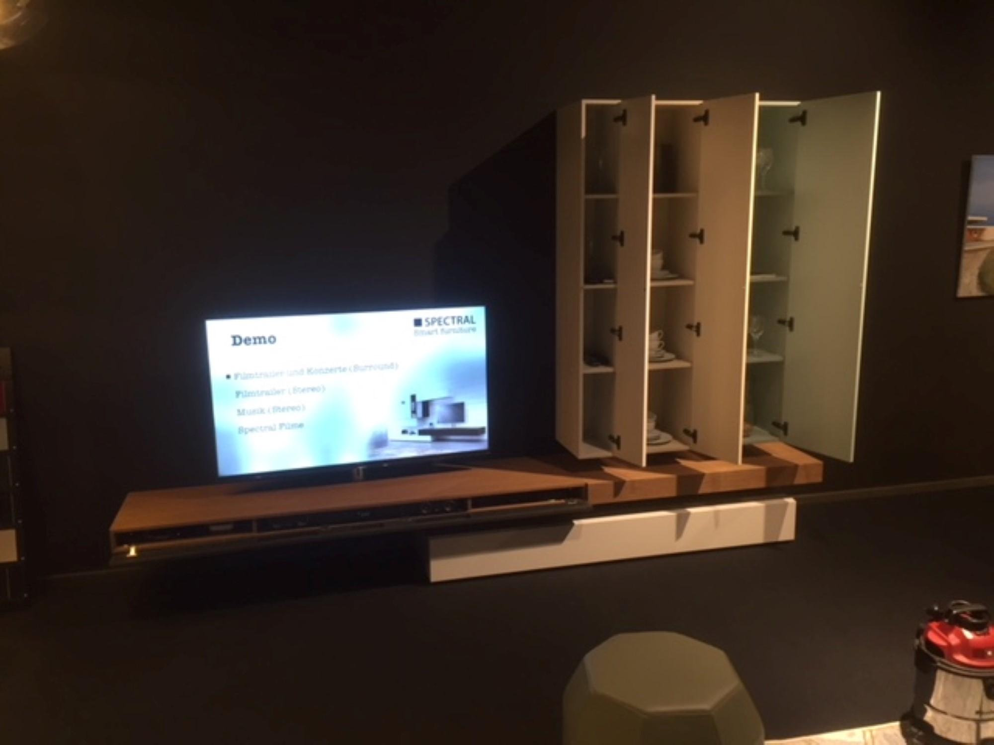 Twenty Wohnwand mit XTA1 Soundsystem