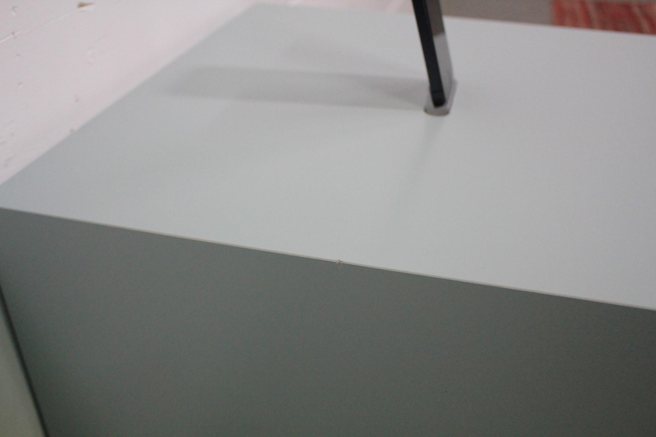Connect / Beistelltisch / Sub-Tisch inkl. IPhone-Dock