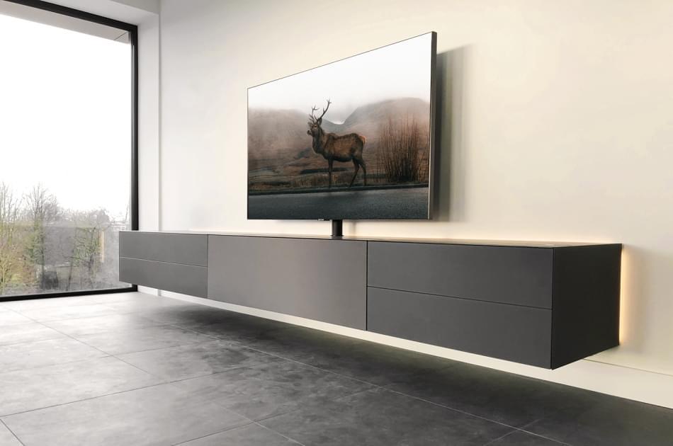 spectral_cocoon_granite_deer_1450x962px