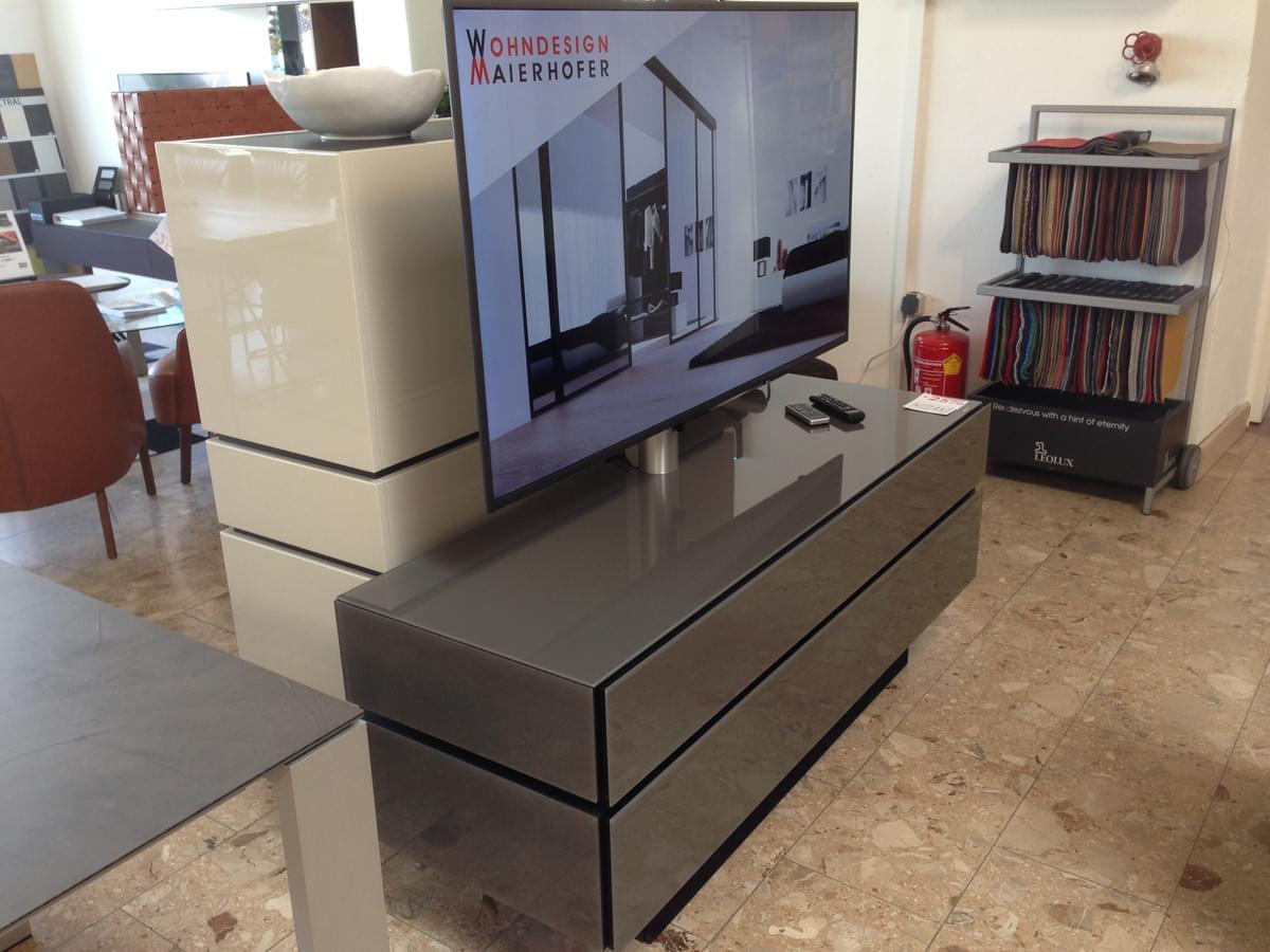 BR1503 TV-Möbel mit Soundsystem BRA2